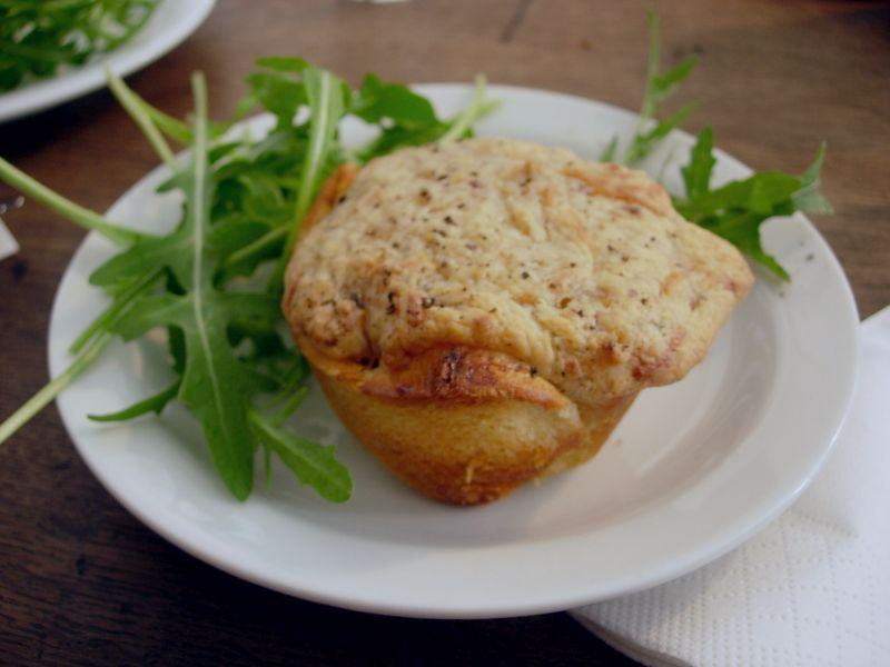 Muffin chaud à l'oeuf et avocat - DR Melle Bon Plan