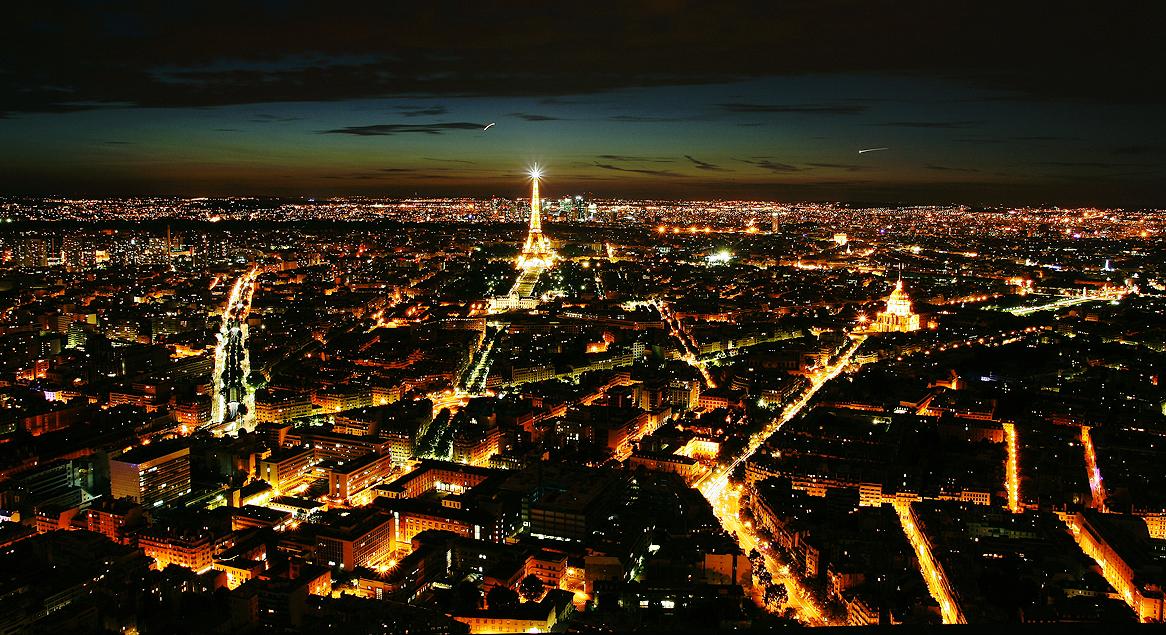 La nuit des etoiles au sommet de la tour montparnasse for Piscine de nuit paris
