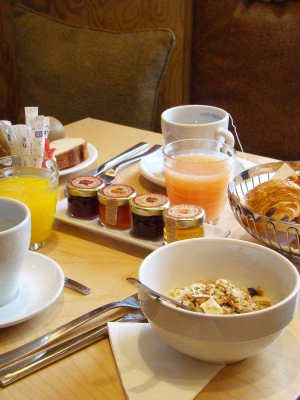 Petit Déjeuner Hôtel Gaston - DR Melle Bon Plan