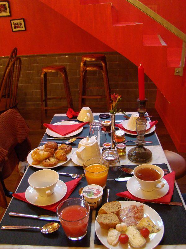 petit déjeuner Hotel Exquis Paris - DR Melle Bon Plan 2015