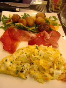 Oeufs brouillés La 7e côte restaurant - DR Melle Bon Plan