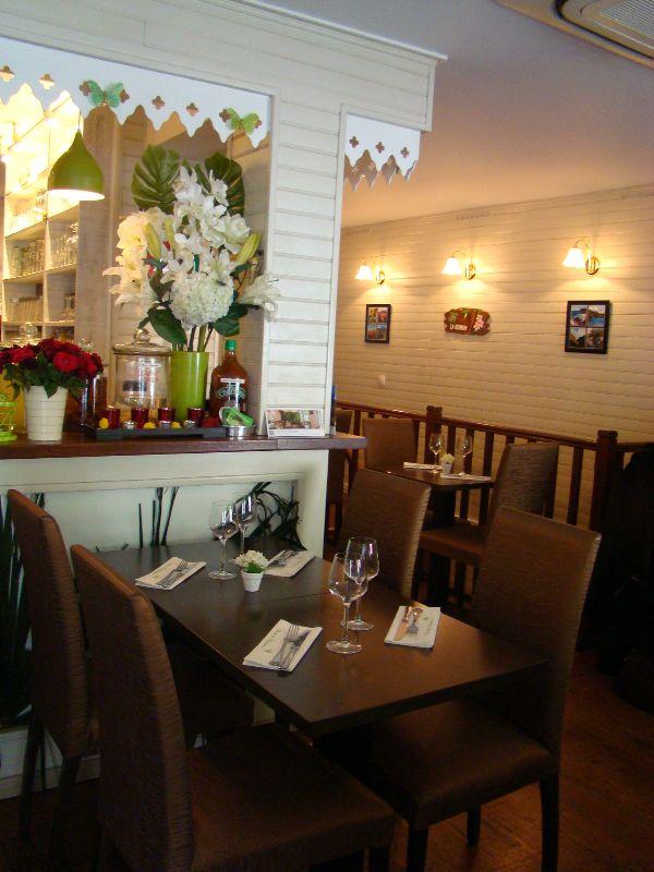 le restaurant l 39 le de la r union paris mademoiselle bon plan. Black Bedroom Furniture Sets. Home Design Ideas