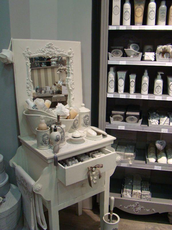 mes bons plans pour parfumer son int rieur mademoiselle. Black Bedroom Furniture Sets. Home Design Ideas