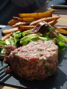 tartare de viande Le Restaurant du golf Saint Jean de Monts - DR Melle Bon Plan