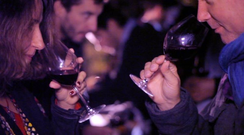 Diner rouge-ambiance Wine Republik