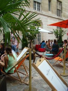 Café Cour Marais Paris - DR Melle Bon Plan