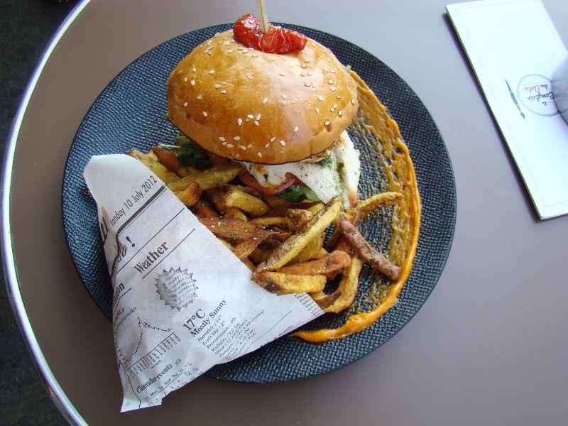 Burger des arts Comptoir des Arts - DR Melle Bon Plan