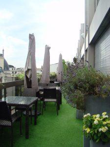 Terrasse d'été de l'Hôtel Warwick Champs Elysées - DR Melle Bon Plan