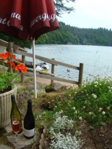 restaurant Lac Pavin Sancy Massif du Sancy - DR Melle Bon Plan
