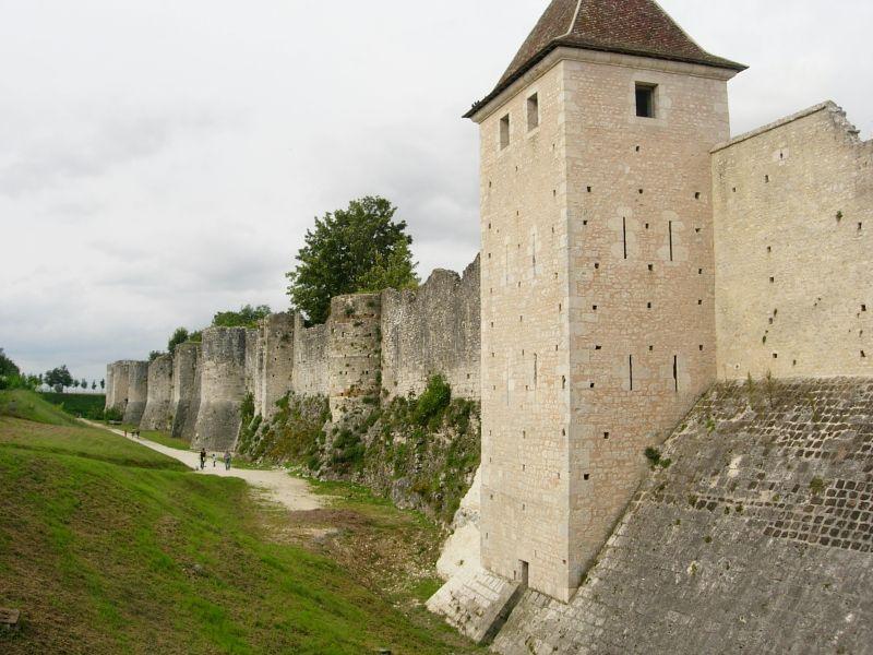 remparts Provins - DR Melle Bon Plan