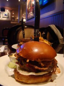 Whiskey Burger Hard Rock Café Paris - DR Melle Bon Plan