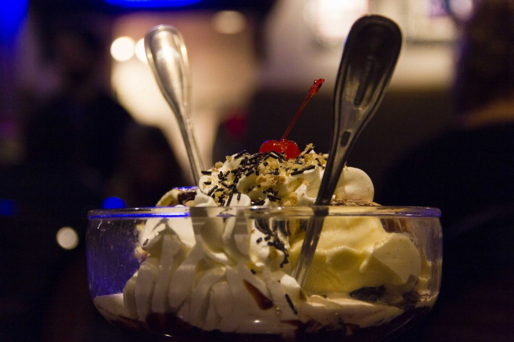 Hot Fudge Brownie Hard Rock Café Paris - DR Nicolas Diolez