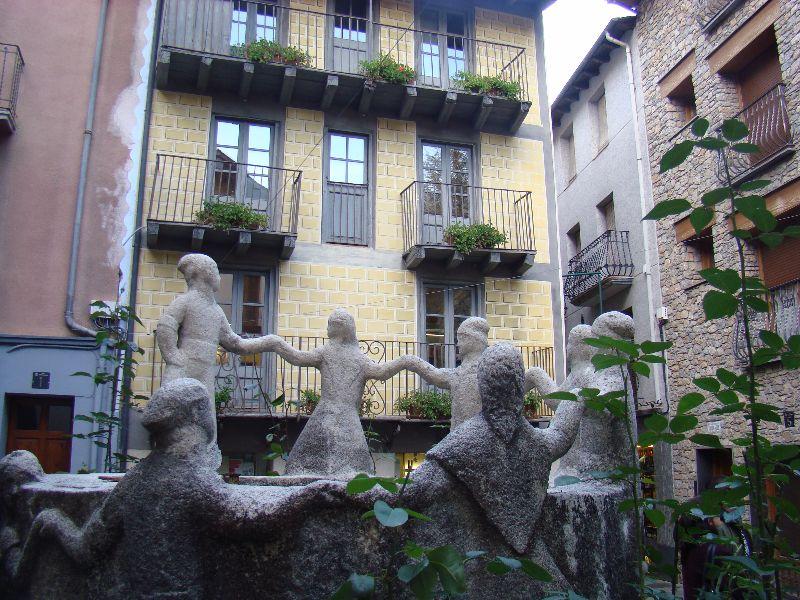 fontaine danse Andorre-la-Vieille - DR Melle Bon Plan