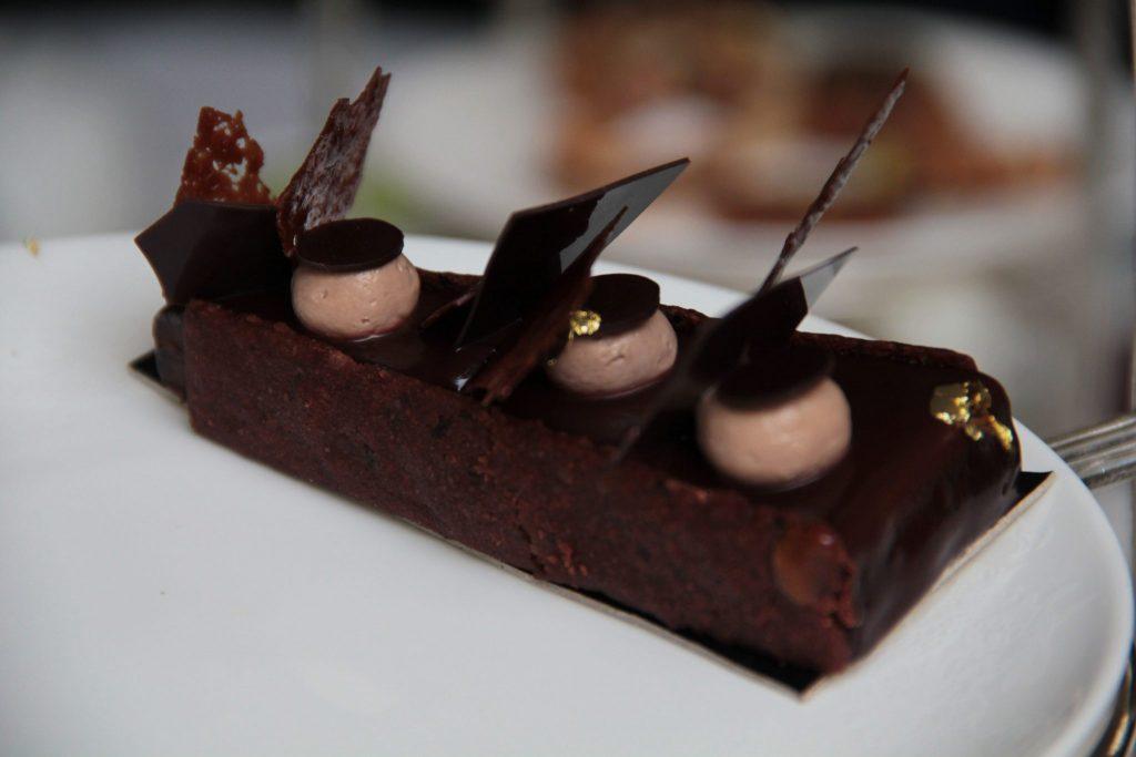 Tarte au chocolat afternoon tea vegan Shangri-La - DR Nicolas Diolez