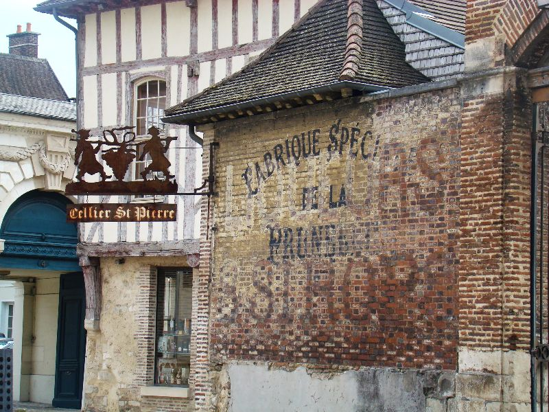 Cellier saint Pierre Troyes - DR Melle Bon Plan 2015