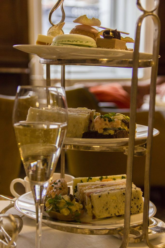 Afternoon tea Hôtel Browns Londres - DR Nicolas Diolez 2016