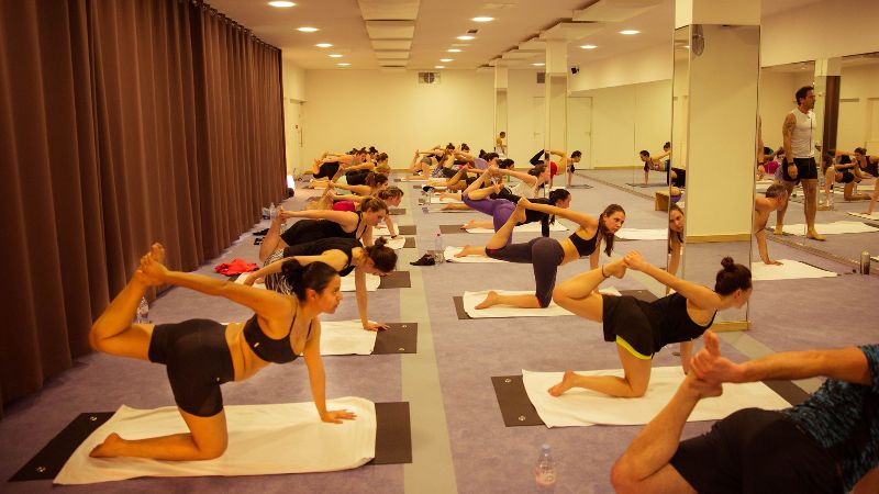 Yoga bikram Tryndo
