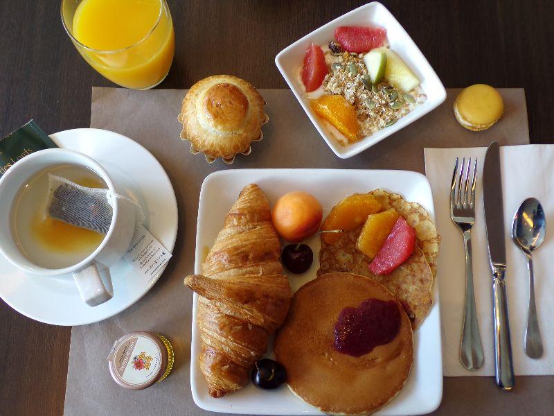 Petit Déjeuner Hotel Mercure Centre Gare Nantes - DR Melle Bon Plan 2016
