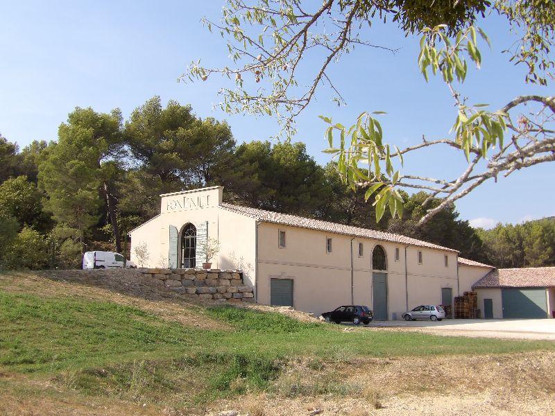 chai vins Domaine de Fontenille Luberon - DR Melle Bon Plan 2016