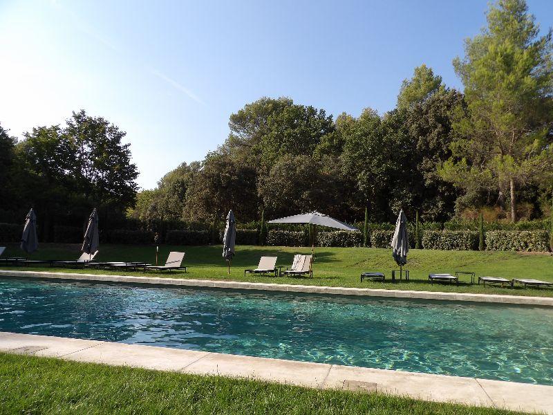 Piscine Domaine de Fontenille Luberon - DR Melle Bon Plan 2016