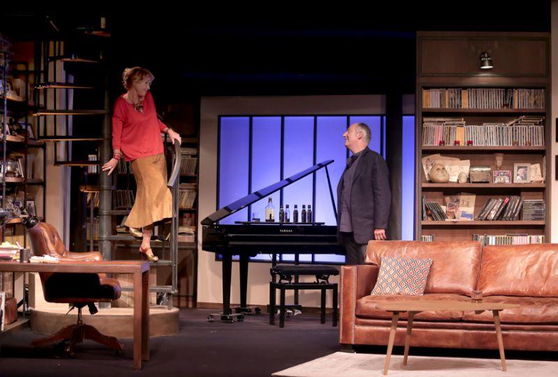 PETITS CRIMES CONJUGAUX (Théâtre Rive Gauche-Paris14ème) © Fabienne Rappeneau