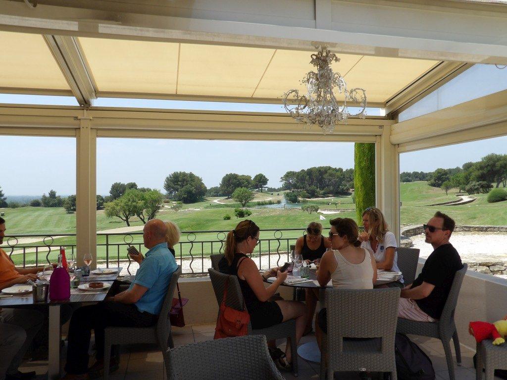Restaurant les Fontaines de Gerfaut Provence Country Club de Madame Vacances - DR Melle Bon Plan 2017