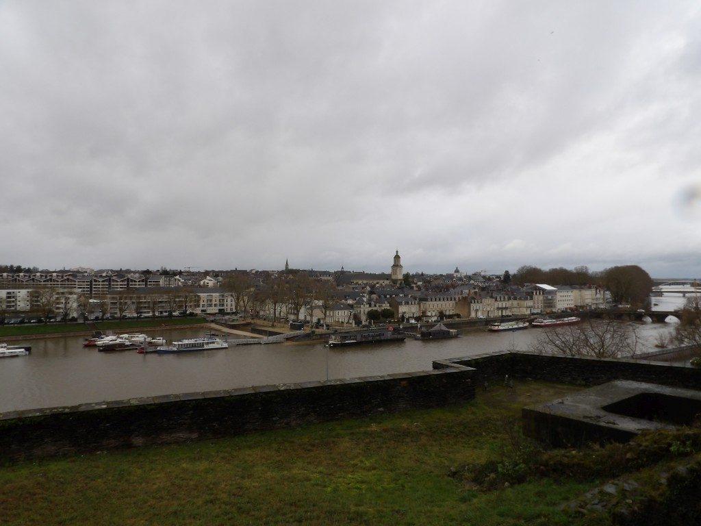 ville et fleuve Angers