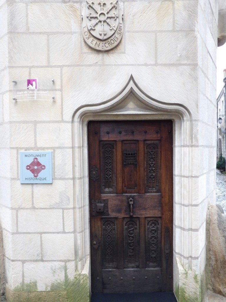 porte ancienne rue Angers