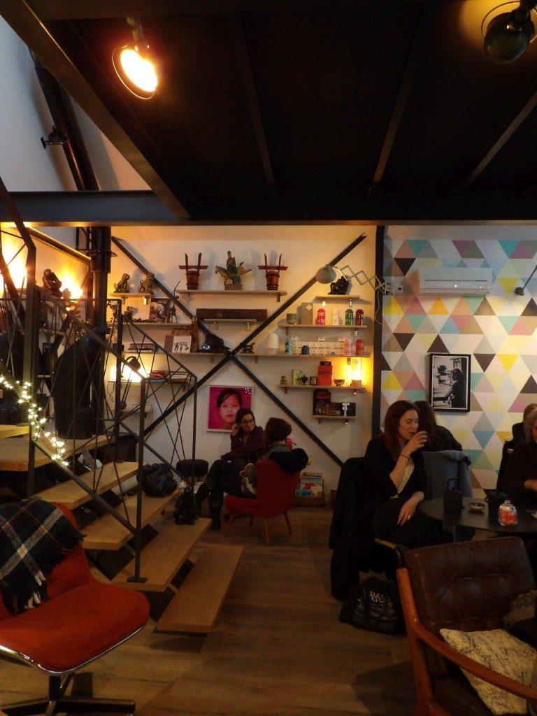 salle salon de thé One Way Angers