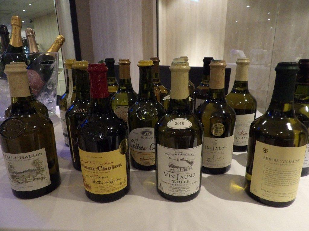 bouteilles de Vins Jaune du Jura