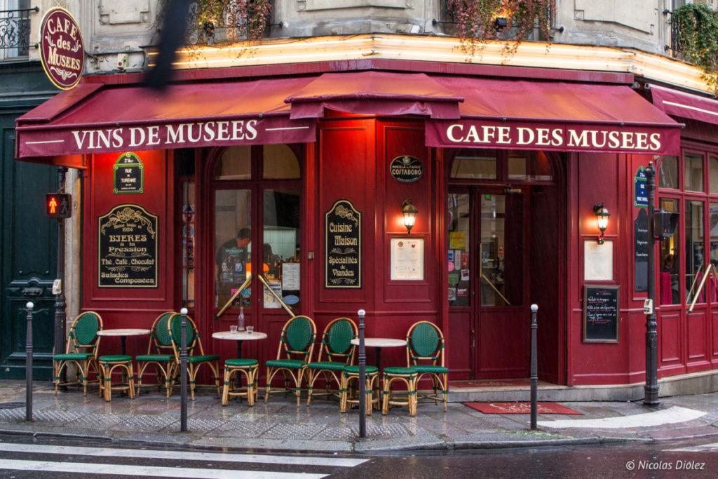 Facade Café des musées Paris