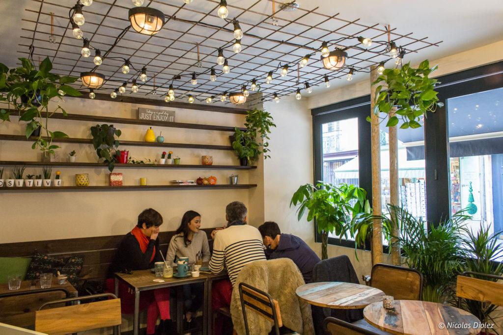 salle Positive Café Versailles