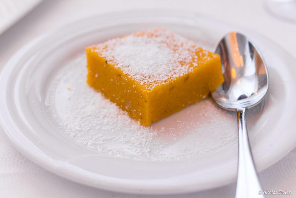 gâteau de semoule restaurant Jodhpur Palace Paris