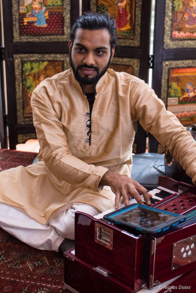 musicien restaurant Jodhpur Palace Paris