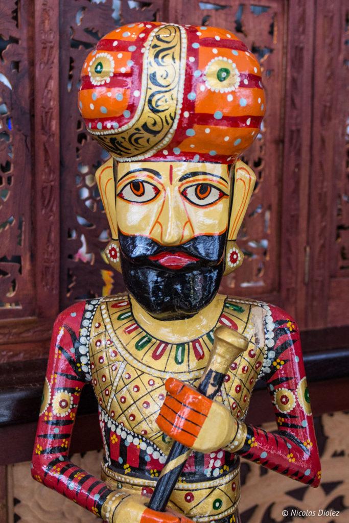 statuette restaurant Jodhpur Palace Paris