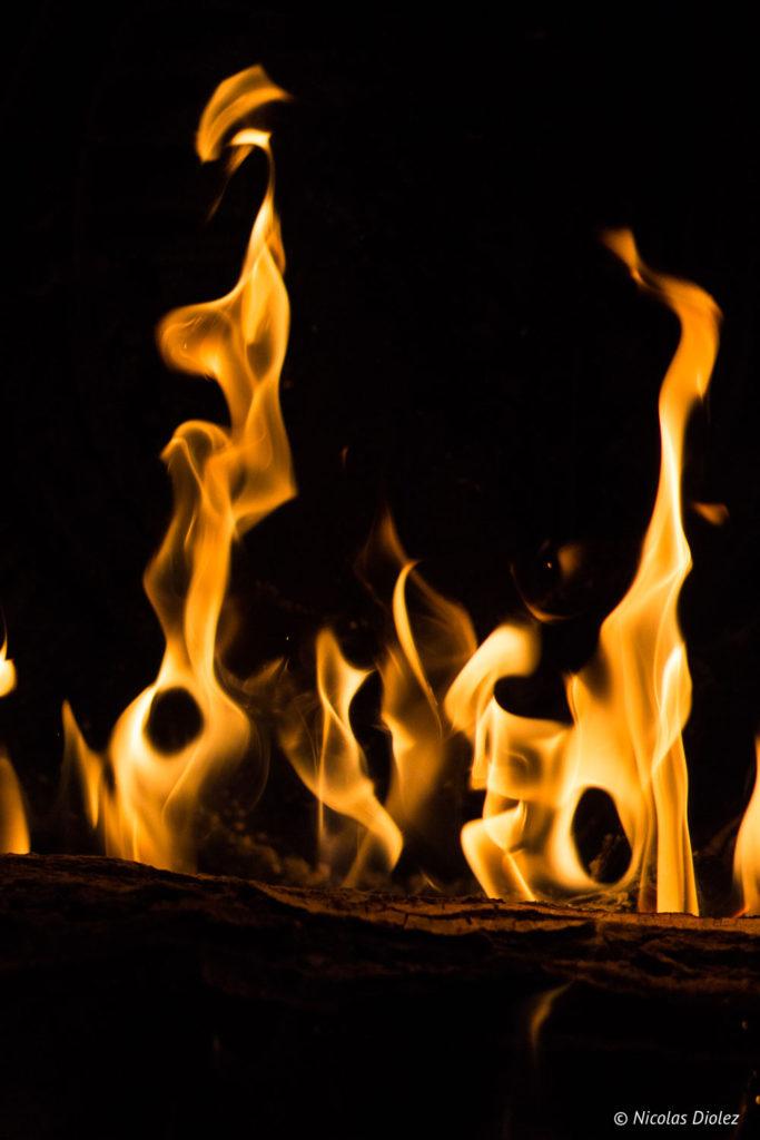 feu de cheminée Gîte Ruelle des Jardins Val de Loire