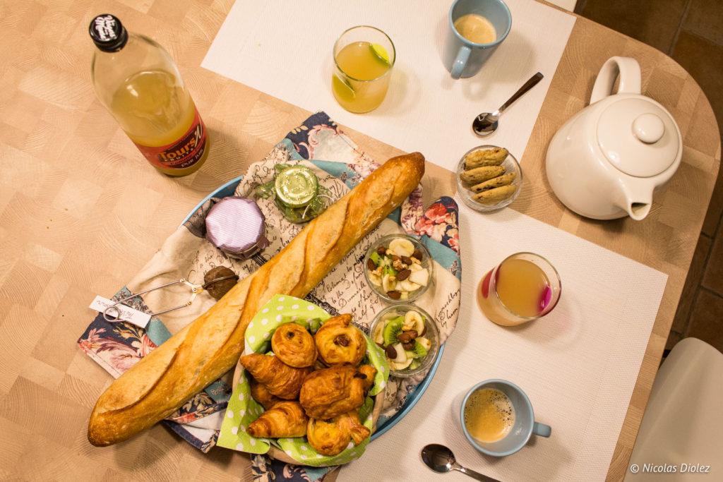 petit déjeuner Gîte Ruelle des Jardins Val de Loire