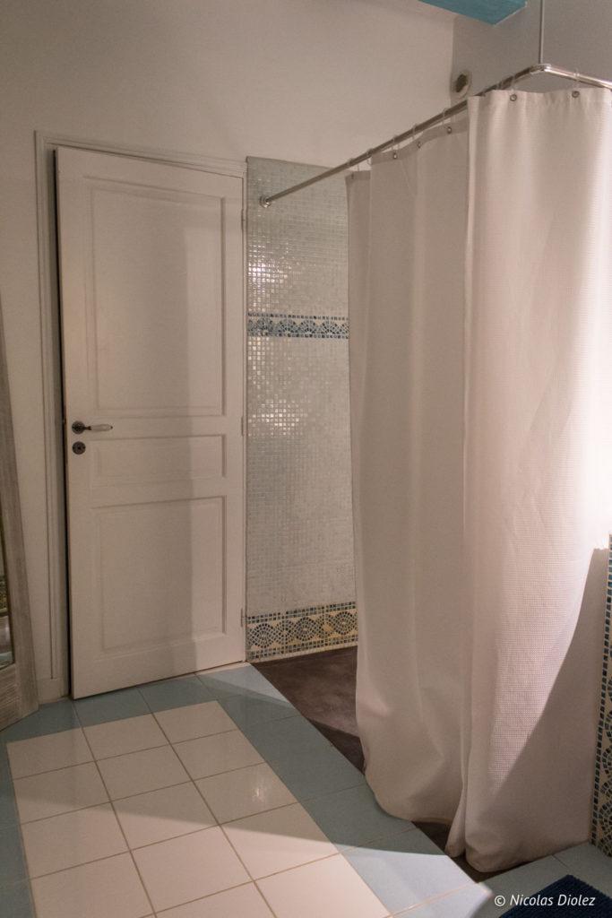salle de bain Gîte Ruelle des Jardins Val de Loire