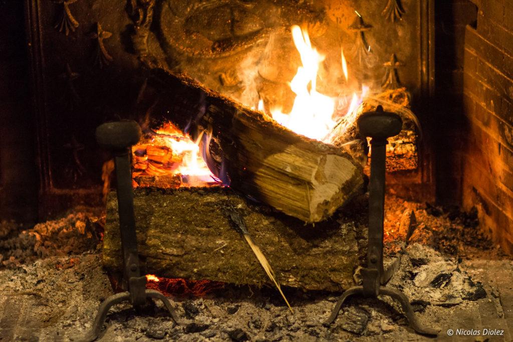 feu de cheminée Auberge de la Caillère Val de Loire