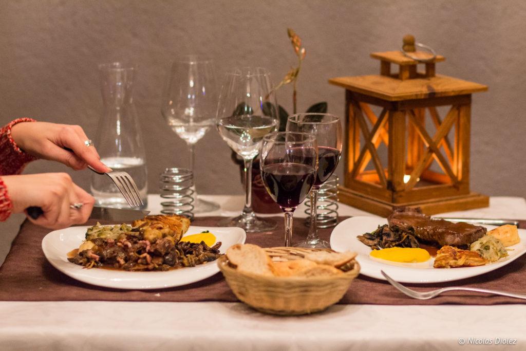 plats et table Restaurant La Charbonnette Onzain