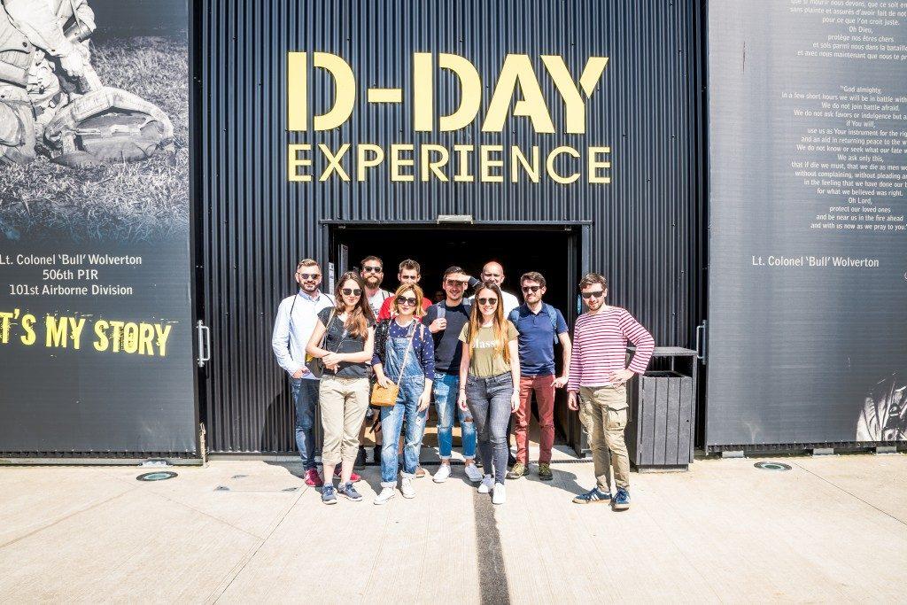 facade groupe blogueurs D-Day Expérience La Manche Normandie