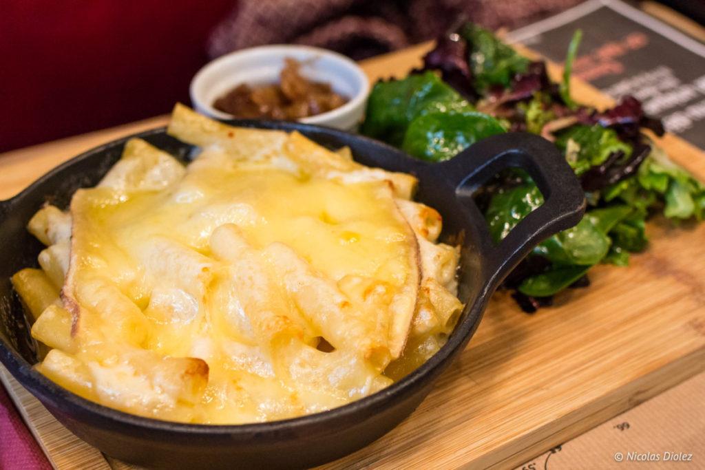 gratin macaroni Restaurant les Fils à Maman Abbesses Paris