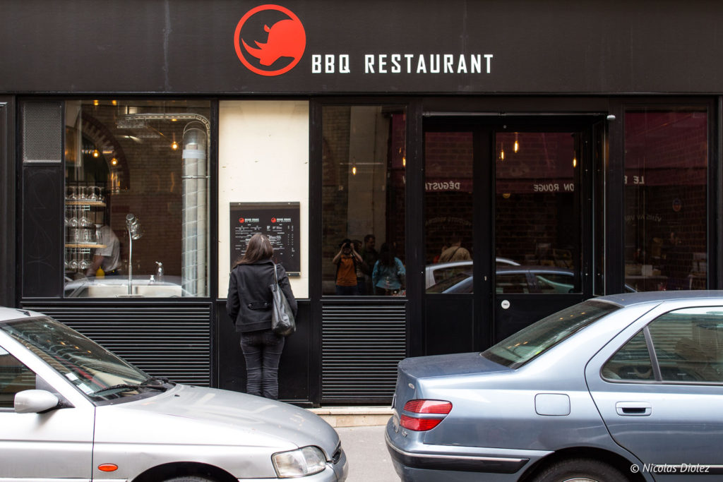 facade Restaurant Rhino Rouge Paris