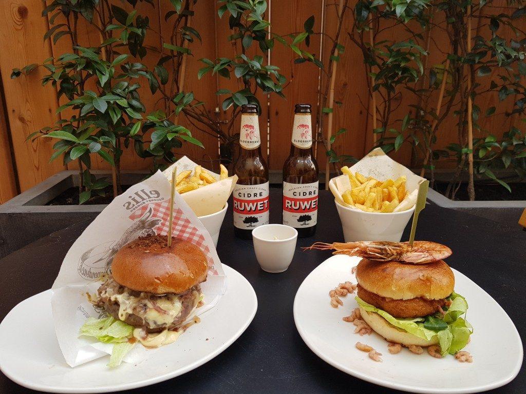 Burgers et frites Ellis Gourmet Burger Bastille