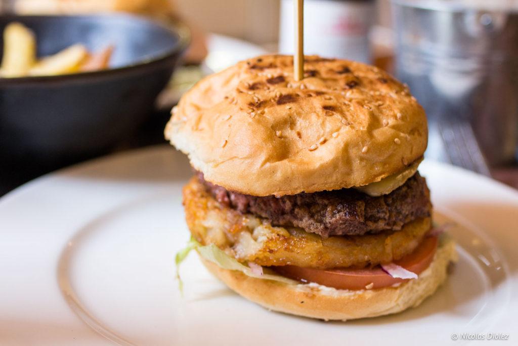 burger st nectaire Bistro Burger Montparnasse Paris