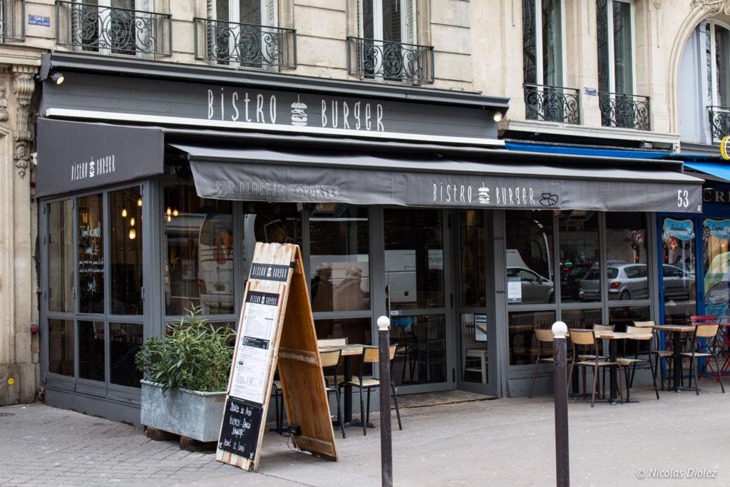 Facade Bistro Burger Montparnasse Paris