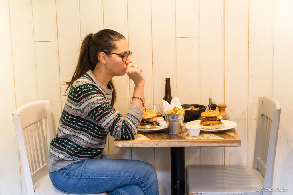 Melle Bon Plan Bistro Burger Montparnasse Paris