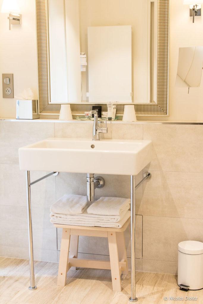 salle de bain hôtel du Golf à Vaudreuil Eure