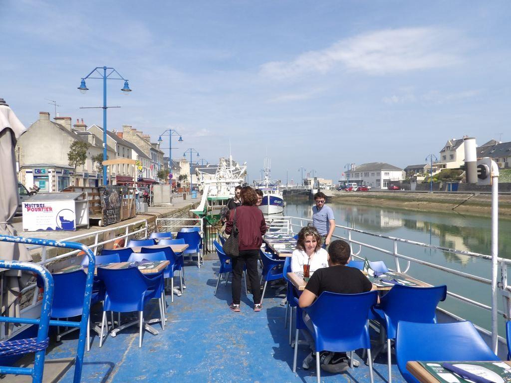 bateau bar Port-en-Bessin Calvados