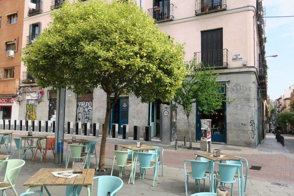 place chaises arbre Madrid